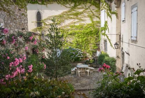 Manoir de Champvert : Guest accommodation near Les Vans