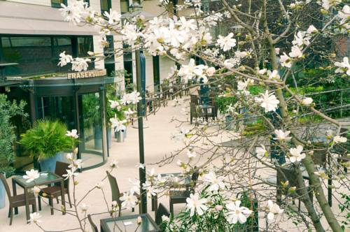 Hotel la garenne colombes hotels near la garenne for 60 jardin de valmy paris