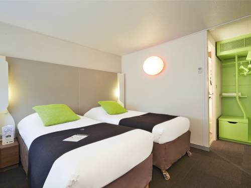 Campanile Hotel Senlis : Hotel near Néry