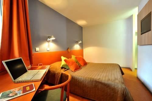 Hôtel et résidence Moissy Cramayel : Hotel near Morsang-sur-Seine