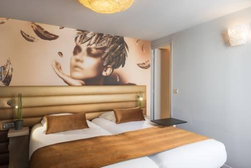 Le Bon Hôtel : Hotel near Courbevoie