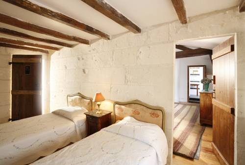 La Porte Rouge - The Red Door Inn : Hotel near Charente-Maritime