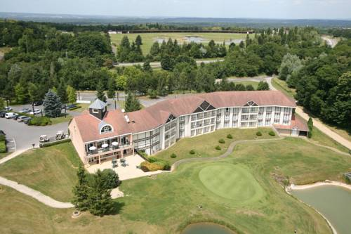 Golf Hotel de Mont Griffon : Hotel near Luzarches