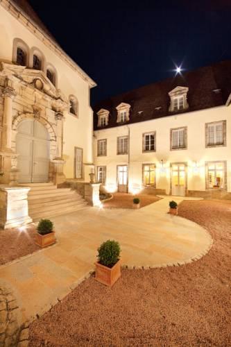Médicis Home Autun : Hotel near Saône-et-Loire
