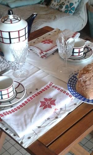 Primrose : Bed and Breakfast near Baleyssagues
