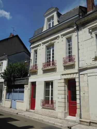 La Maison Des Cochers : Guest accommodation near Saint-Martin-le-Beau