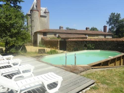 Le Château De La Gau : Guest accommodation near La Plaine