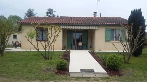 Maison Vacance Eymet Dordogne : Guest accommodation near Agnac