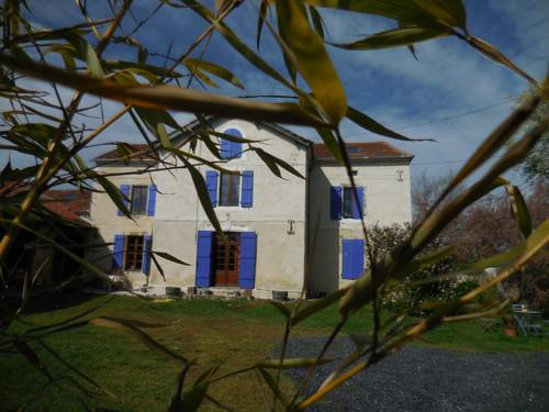 Domaine de Montagnol : Bed and Breakfast near Armentieux