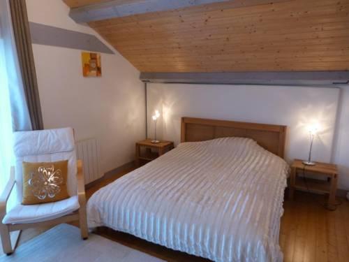 Gite Jean l'Auvergnat : Guest accommodation near Le Mayet-d'École