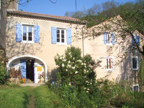 Moulin De Cornevis Bed and Breakfast : Hotel near Rhône-Alpes