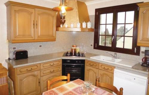 Three-Bedroom Holiday home Tollevast with a Fireplace 03 : Guest accommodation near Brix