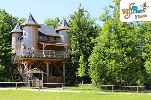 DéfiPlanet' à Dienné : Guest accommodation near Nieuil-l'Espoir