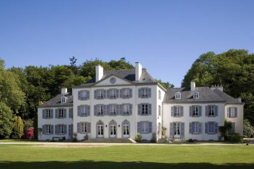 Domaine De Kerbastic : Hotel near Guidel