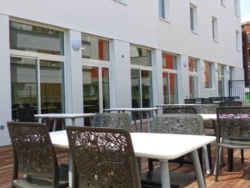 Résidence Hotel Paris Saint-Ouen : Hotel near Saint-Denis