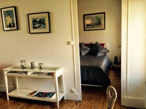 Appart'Hôtel Lyon-Caluire : Apartment near Caluire-et-Cuire
