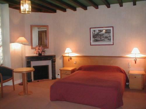Les Lilas Des Deux Ponts : Hotel near Arcy-sur-Cure