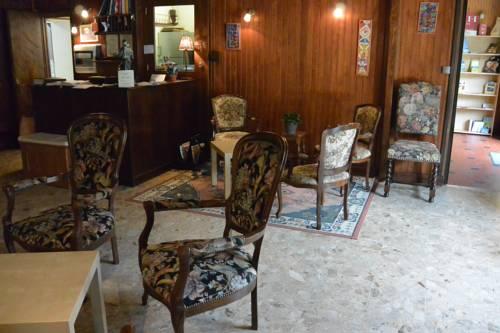 La Poutre : Hotel near Cogna