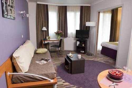 Aparthotel Adagio La Défense Le Parc : Guest accommodation near Colombes