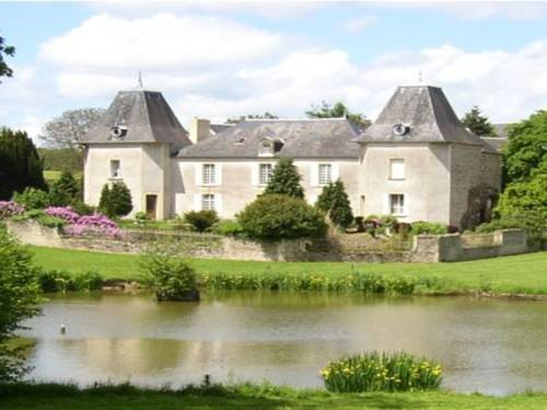 Manoir de la Queue Du Renard : Guest accommodation near Le Plessis-Grimoult
