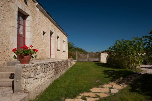 Le Cheval Blanc : Guest accommodation near Condeau