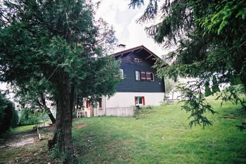 Maison De Vacances - Bonlieu 2 : Guest accommodation near Cogna
