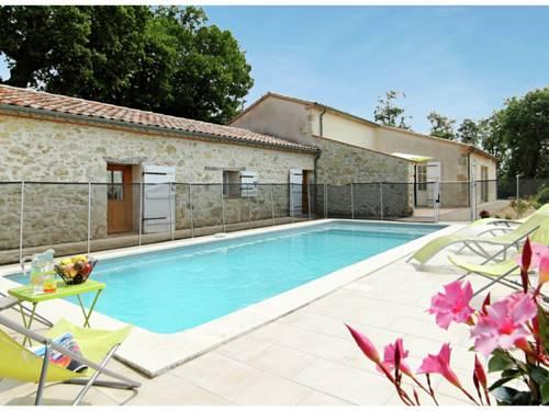 Maison De Vacances - Saint-Mezard : Guest accommodation near Astaffort