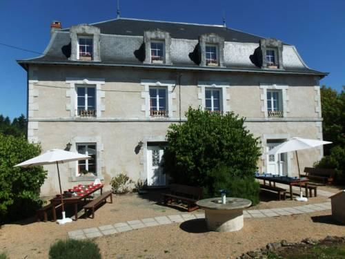 Le Grand Etang : Guest accommodation near Abjat-sur-Bandiat