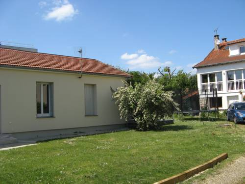 L'Abri-Gîte : Guest accommodation near Noisy-le-Grand