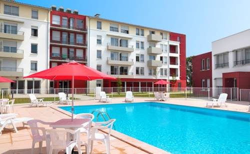 Park & Suites Elégance Cornebarrieu : Guest accommodation near Garac