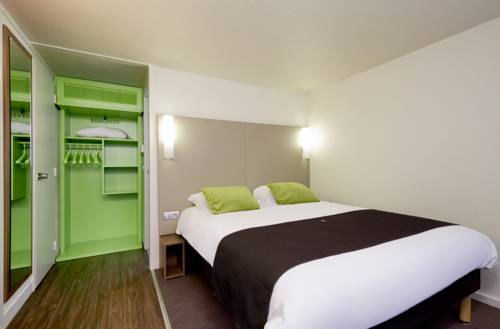 Campanile - Ecouen la Croix Verte : Hotel near Sarcelles