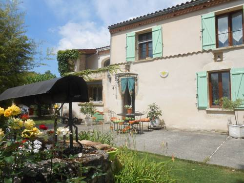 Lascurades : Bed and Breakfast near Fumel