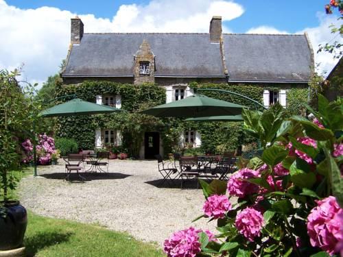 Logis Manoir De Bodrevan : Hotel near Questembert