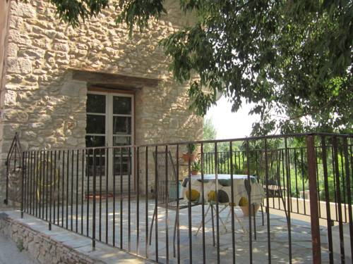 Le Gîte de Fouzilhon : Guest accommodation near Fos