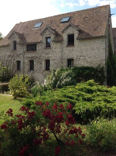 Le Moulin de Dannemarie : Guest accommodation near Condé-sur-Vesgre