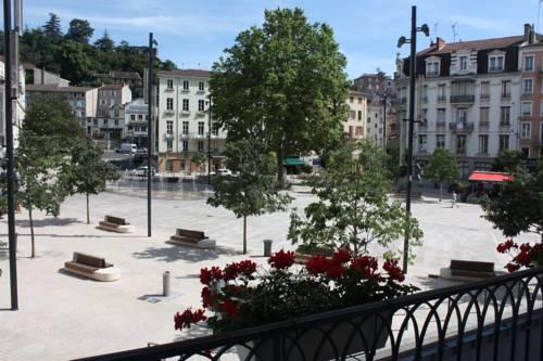 Hôtel du Midi : Hotel near Annonay