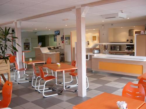 ibis budget Amberieu en Bugey/Chateau Gaillard A42 : Hotel near Nivollet-Montgriffon