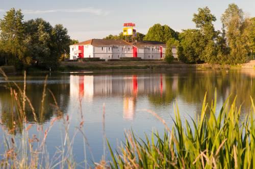 P'tit Dej-Hôtel Bordeaux Lac : Hotel near Bruges