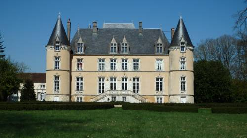 Château De Blavou Normandie : Guest accommodation near Autheuil