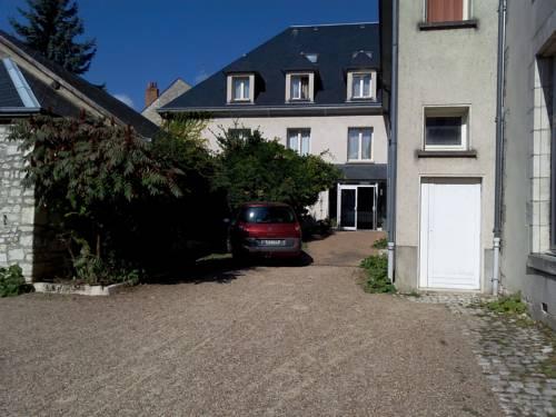 Jackotel : Hotel near Saint-Denis-en-Val