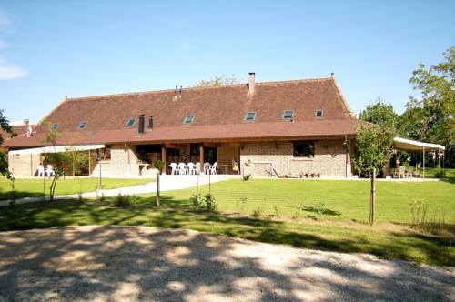 Les Chênes Cornus : Guest accommodation near Flacey-en-Bresse