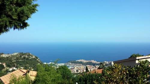 Appartement Villa Near Monte Carlo : Apartment near Peillon