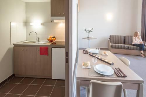 Appart'City Confort Reims Centre : Guest accommodation near Reims