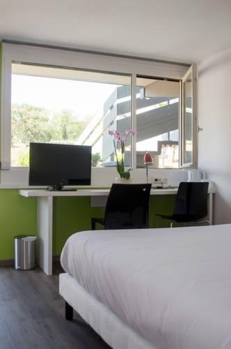 Campanile Villeneuve-Sur-Lot : Hotel near Pujols