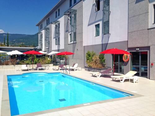 Appart'City Confort Grenoble Inovallée : Guest accommodation near Meylan