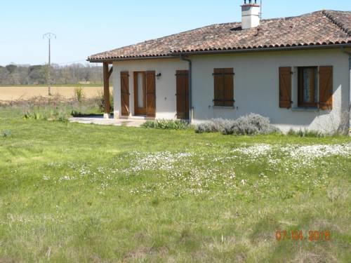 Maison de Vacances de Récailleau : Guest accommodation near Nérac