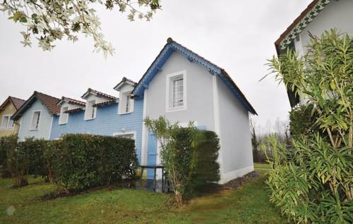 Two-Bedroom Holiday home Marciac 0 03 : Guest accommodation near Armous-et-Cau