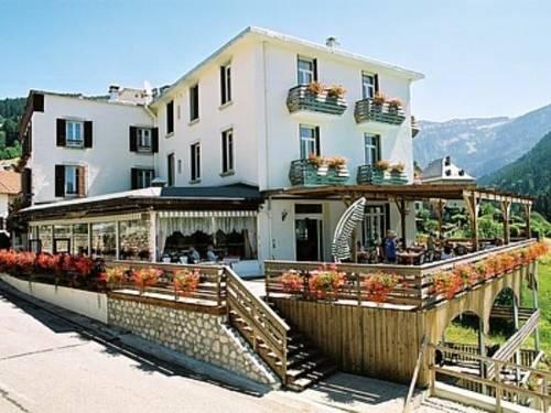 Hotel Le Beau Site : Hotel near Saint-Pancrasse
