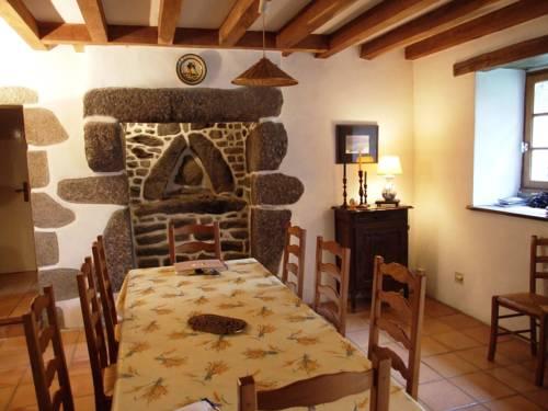 Toul Douar, maison à Lanildut : Guest accommodation near Brélès