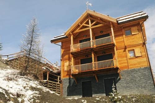 Chalet de luxe sur Vars : Guest accommodation near Saint-Paul-sur-Ubaye